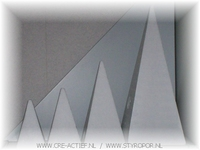 Styropor Piramide 24 x 12 x 12cm**
